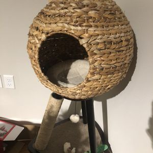 Sphere Cat Tree for Sale in Portland, OR
