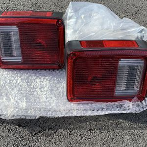 Replacement 2017 Jeep Wrangler (JK) - Tail Lights for Sale in Manassas, VA