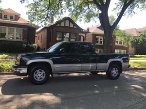2004 Chevy Silverado z71 for Sale in Chicago, IL