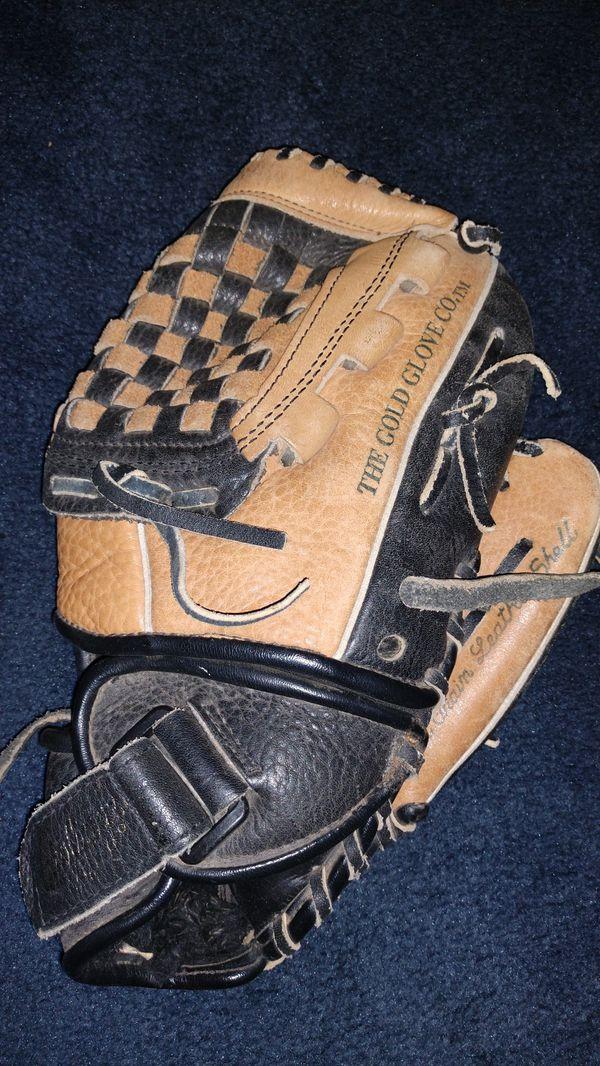 Rawlings leather baseball glove