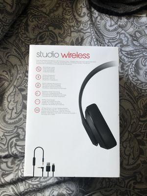Beats studio wireless for Sale in Wayne, MI