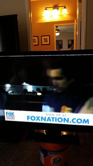 Flat screen TV 50 in for Sale in Hesperia, CA