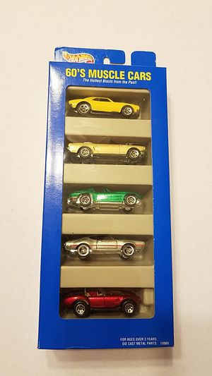 Hot Wheels 60s muscle cars gift pack for Sale in Kissimmee, FL