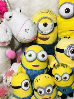 Giant Despicable Me Minion Plush Toys for Sale in Largo,  FL