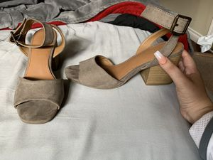 Gray size 7 womens heels for Sale in Beaverton, OR