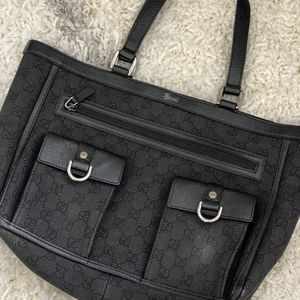 Black Vintage Gucci Medium Shoulder Bag for Sale in Los Angeles, CA