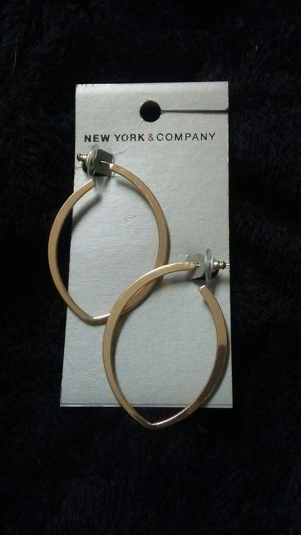 New York and Co earrings