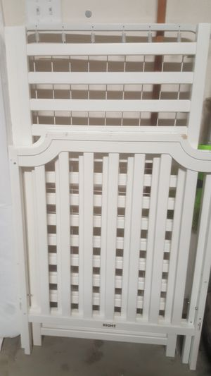 Crib and mattress for Sale in San Antonio, TX