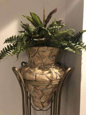 Decorative plant with stand for Sale in Apollo Beach, FL