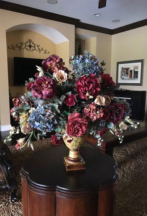 Flower arrangement for Sale in Odessa, FL