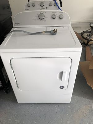 Whirlpool Washer and Dryer. Great condition Semi- New for Sale in FL, US