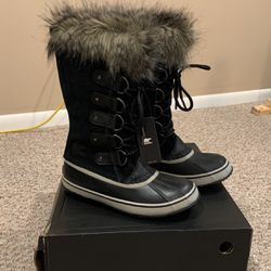 Sorel Snow Boots for Sale in Wilmington,  DE