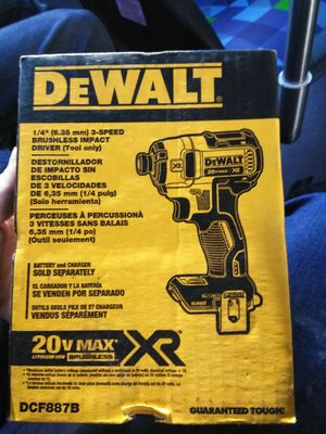 """DeWalt 1/4"""" 3-Speed Brushless Impact Driver for Sale in Lacey, WA"""