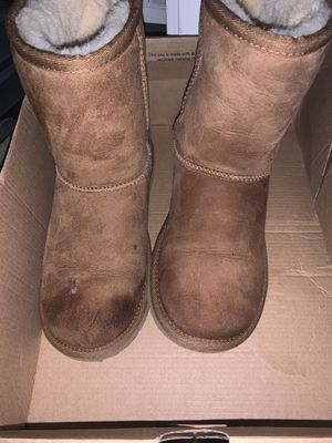 Uggs boots for Sale in Germantown, MD