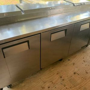 True 3 Door Pizza Prep Cooler Unit Priced to Sell!!! for Sale in Orlando, FL