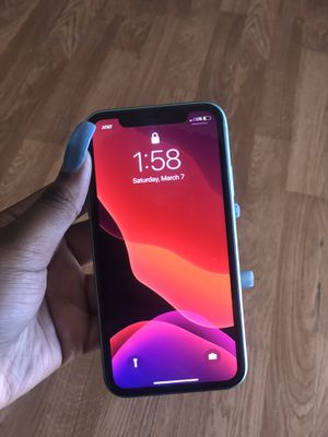 Iphone 11 for Sale in Starkville, MS