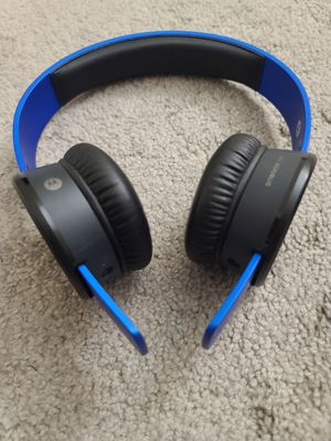 SOL Republic Bluetooth headphones for Sale in North Billerica, MA