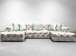 new custom tufted u-chaise sectional sofa for Sale in Miami Gardens, FL