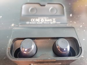 Bluetooth headphones for Sale in San Lorenzo, CA