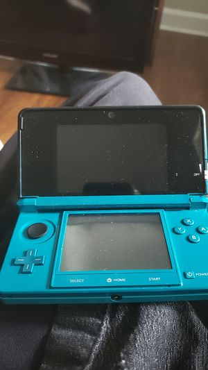 Nintendo ds with super smashbros 3ds for Sale in Kennesaw, GA