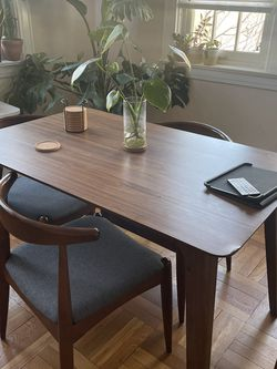 Mid Century Dining Table for Sale in Queens,  NY