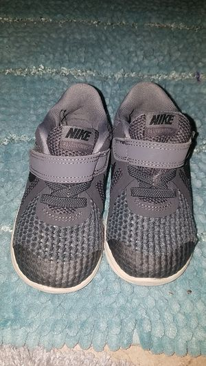 Lightweight Toddler Nike Shoes- Size 7 for Sale in Fontana, CA