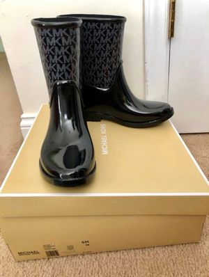 Authentic Mk rubber/rain boots size 6 (brand new) for Sale in Raleigh, NC