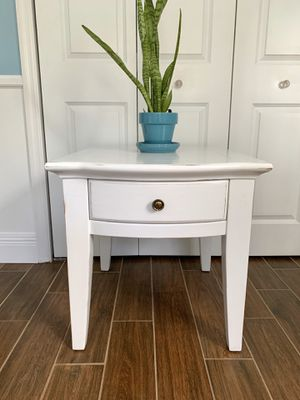 Newly refinished rustic white wood end table with drawer for Sale in Boca Raton, FL