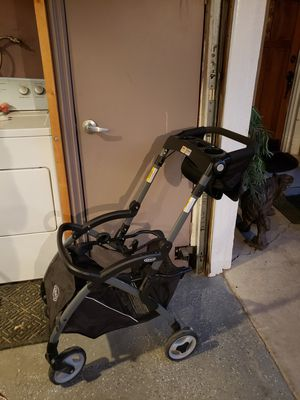 Graco car seat frame for Sale in Lake Elsinore, CA