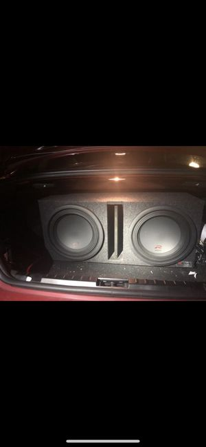 Alpine Type R 2 12 inch Subwoofers latest edition with Rockford Fosgate Power T1500-1bdCP (Constant Power) Bass package!! for Sale in Renton, WA
