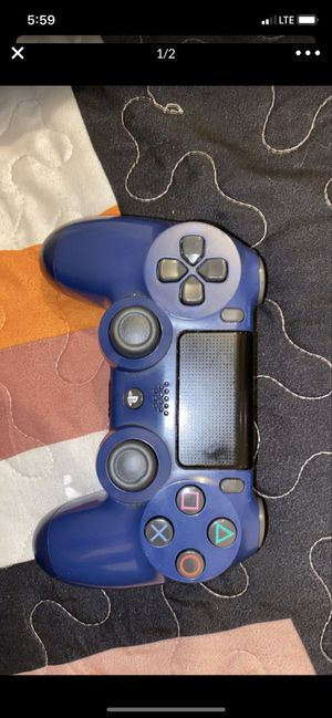 PS4 controller for Sale in Long Beach, CA