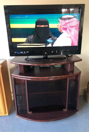 HDMI 40 inches Tv with Tv Stand (brown) for Sale in El Cajon, CA