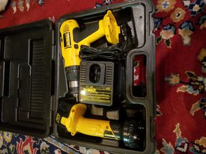 Dealt drill and flash light for Sale in US