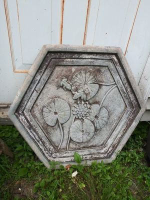 Concrete Garden Stepping Stone Huge! 25.5 x 29.5 for Sale in Joliet, IL
