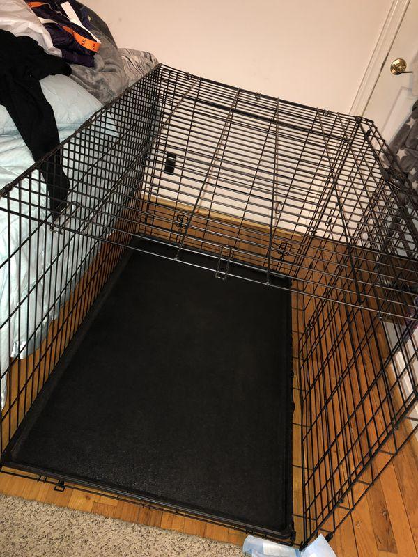 Large dog cage 47'