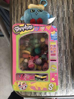 Random Shopkins in Shopkins Tin Box with keychain for Sale in Phoenix, AZ