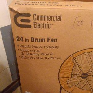 24 In Drum Fan for Sale in Tracy, CA