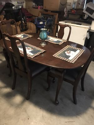 Dining table and chairs for Sale in Madera, CA