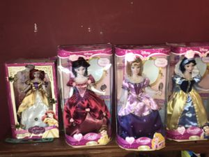 4 collectible disney princess porcelain dolls for Sale in Silver Spring, MD