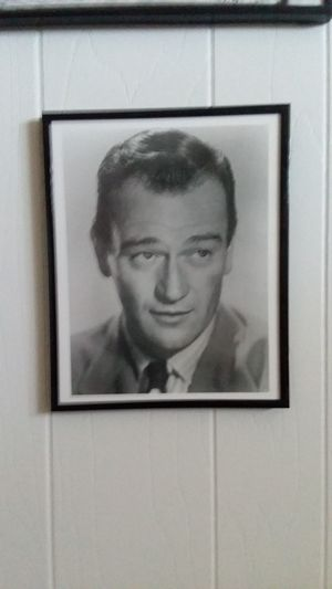 John Wayne 8 x 10 photo in metal and glass hanging frame for Sale in Westminster, CA