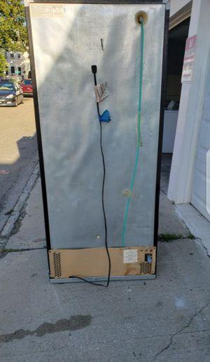 Refrigerator black for Sale in New York, NY