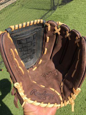 "Rawlings 12"" Glove Baseball or Softball New for Sale in Fresno, CA"