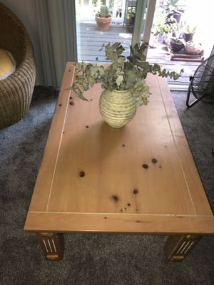 Coffee table for Sale in West Sacramento, CA