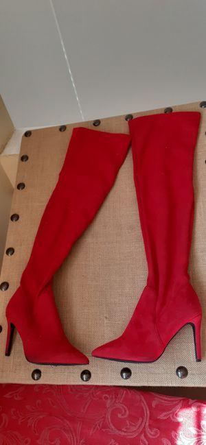 $8 Size 6 Boots with Heels for Sale in Hemet, CA