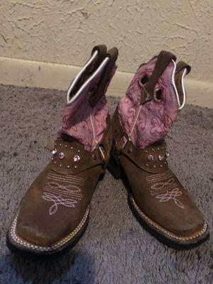 It's de cowgirl para nina size 7 for Sale in Dallas, TX