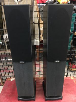 Polk Audio Powered Towers Great Condition for Sale in Cumberland, RI