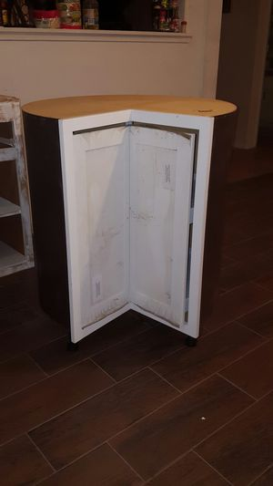 Lazy Susan Kitchen cabinet brand new without its box for Sale in Modesto, CA