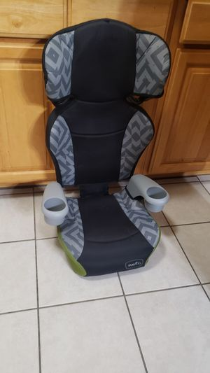 Booster seat $15.00 for Sale in Gardena, CA