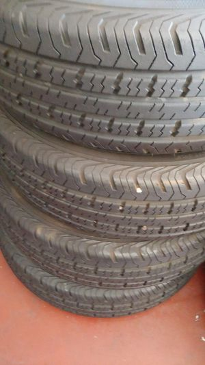 225,75 15 trailer tires set used good condition for Sale in Lodi, CA