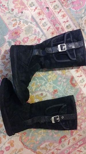 Tall blk ugg leather sheepskin with cargo pocket for Sale in Columbus, OH